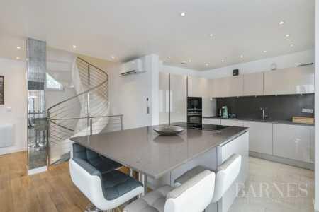 Maison Suresnes - Ref 2651024