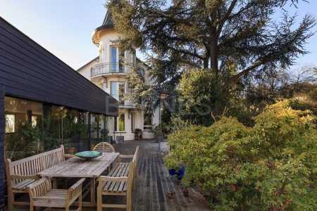Maison bourgeoise SURESNES - Ref M-41303