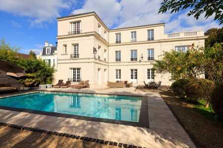 Villa de prestige SAINT CLOUD - Ref M-49320